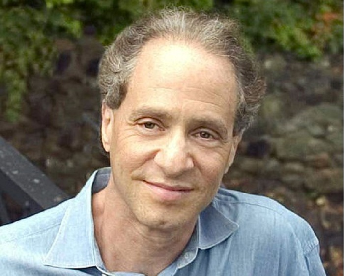 Photo by Michael Lutch. Courtesy of Kurzweil Technologies, Inc.